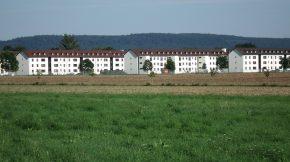 Blick von Norden auf Wohnhäuser des Patrick-Henry-Village